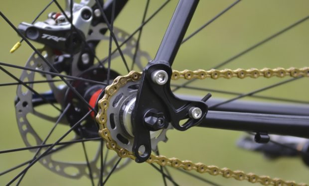 Swinging Dropouts Make Adjusting Single Speed Chain Tension Easy